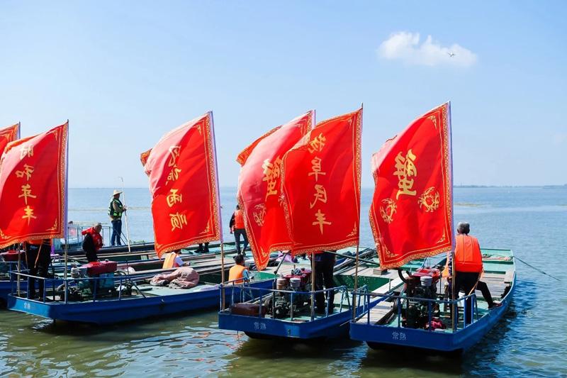 2019苏州阳澄湖大闸蟹开捕节捕捞船只出动