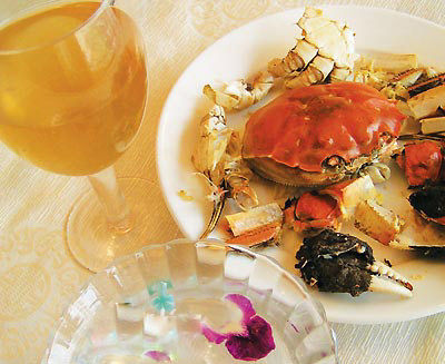 陽澄湖大閘蟹美食:吃完大閘蟹后來杯姜茶!